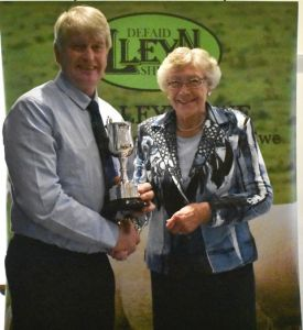 AGM 2019 - Pat Baseley presents The Noel Baseley Memorial Show Points Trophy to Edward Adamson on behalf of C & A Kennedy.JPG
